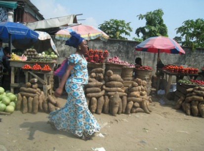 Nigerian Roadside Food Market