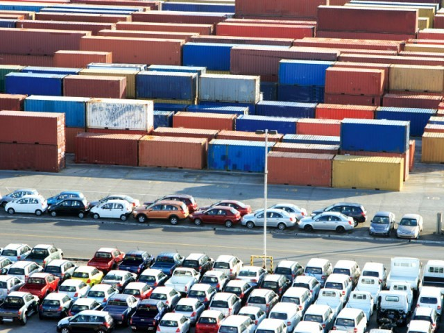 Cars at the Ports