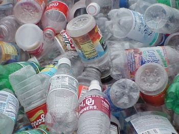 non biodegradable waste materials
